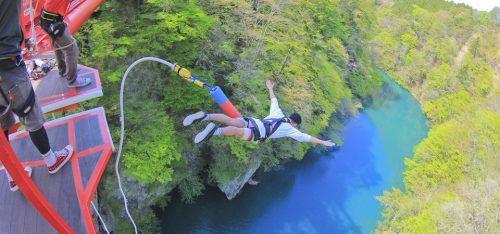 bungy-jumping6-f26a4d7a7b40fffab7000f3987244043